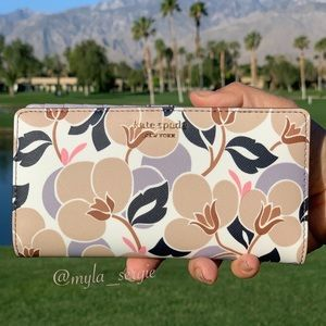 NEW🌷Kate Spade Cameron Breezy Floral Slim Wallet